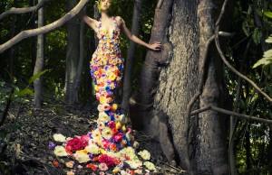floral_dress_forest_flower_tree_wood_model_2560x1440_hd-wallpaper-1718805