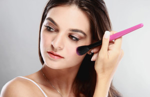 Lionesse-Beauty-Bar-Makeup-Tips-for-Beginners