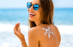 Lionesse-Make-Your-Pores-Look-Smaller-Sunscreen