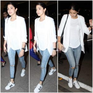 anushka sharma airport (1)