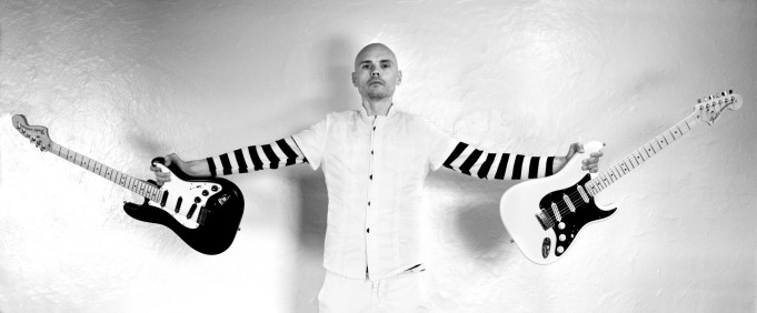 grayscale_guitars_billy_corgan_striped_clothing_desktop_3426x1418_hd-wallpaper-722760
