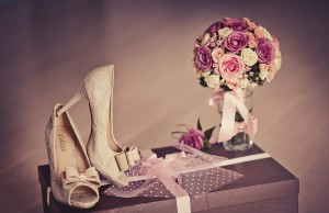 wedding_still_life_heels_flowers_abstract_1920x1080_hd-wallpaper-1806439