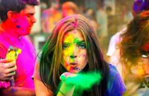 Hot Girl Happy Holi Pics Images