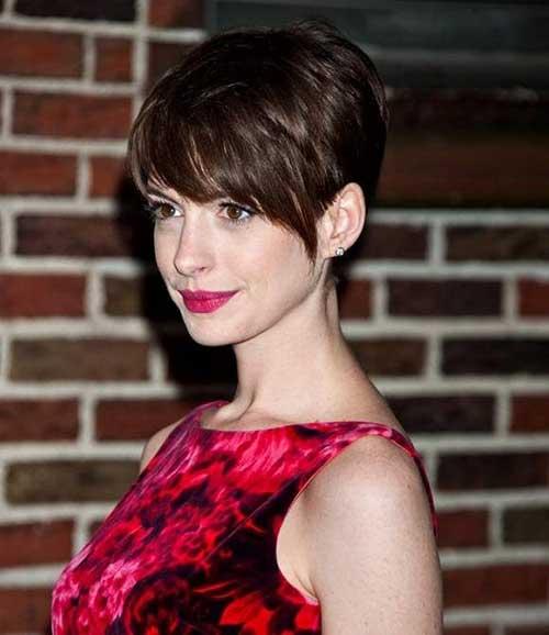 Anne-Hathaway-Short-Hair-Pixie