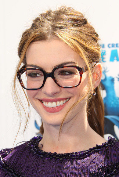 Anne Hathaway hairstyle pictures (1240)