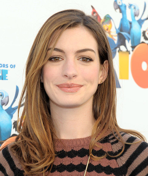 Anne Hathaway hairstyle pictures (1424)