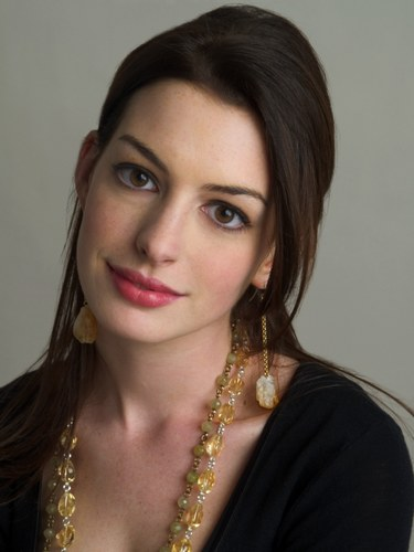 Anne Hathaway hairstyle pictures (27)