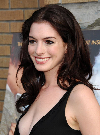 Anne-Hathaway_Hairstyle11