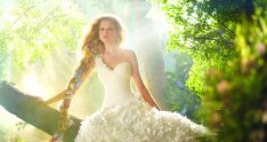 wednesday-wedding-dress-wow-disney-wedding-dresses-6-decoration-ideas