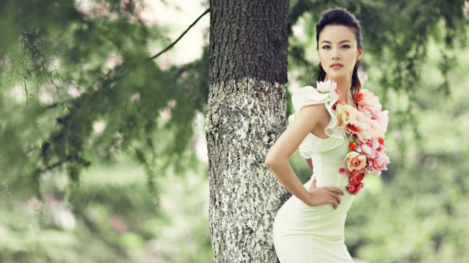gorgeous-girl-flowers-wallpaper-6805-7084-hd-wallpapers