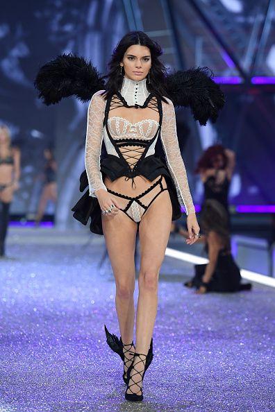 Victoria Secret Fashion Show 2016