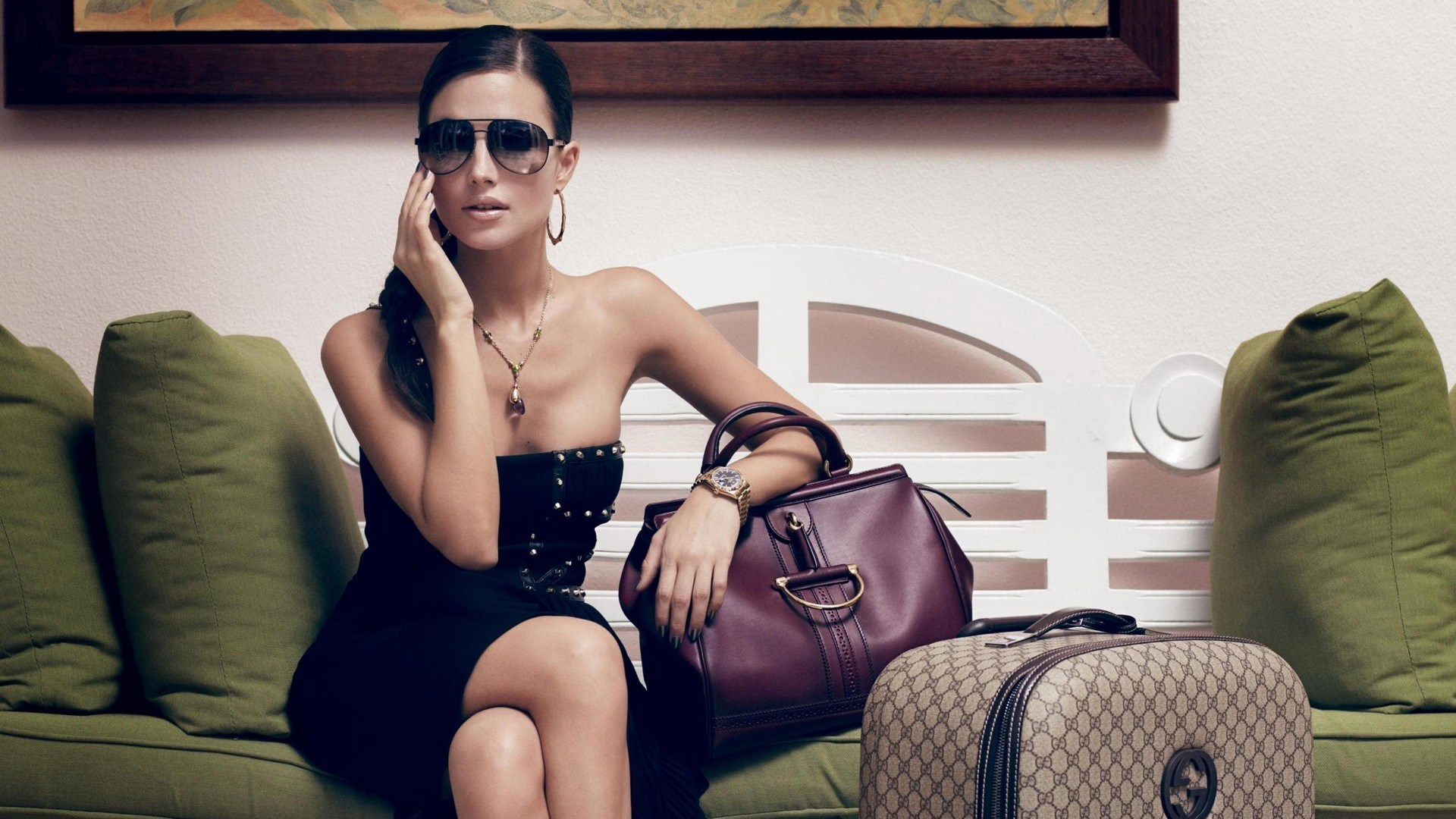 Rezultat iskanja slik za women bags wallpaper