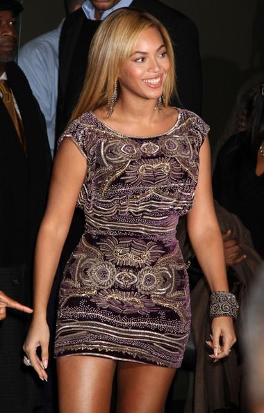 Beyonce+Wearing+Naeem