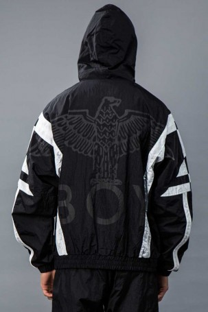 boy_eagle_panel_track_hood_black_4