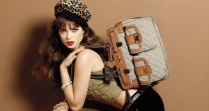 4417427-fashion-bags-wallpapers