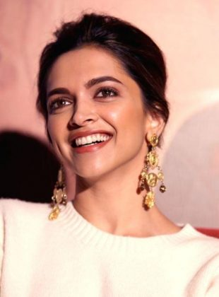 Here Are Secrets Of Deepika Padukone Dressing Style For ...
