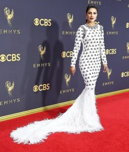 Priyanka Chopra Outfit At Emmy Awards 2017 _ stylegods