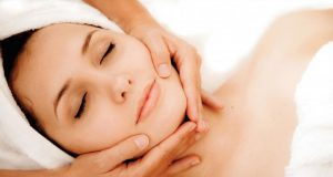 professional-skin-care-treatments-facials-new-L-lHV_bS