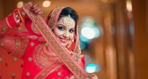 shruti-sharmas-bridal-makeup-client-poses-for-camera