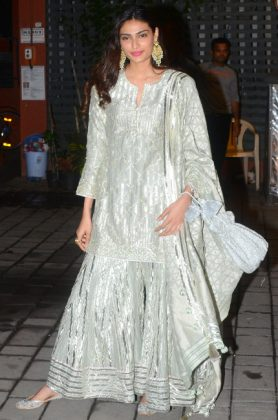 Bollywood Celebrities Diwali Look _ stylegods