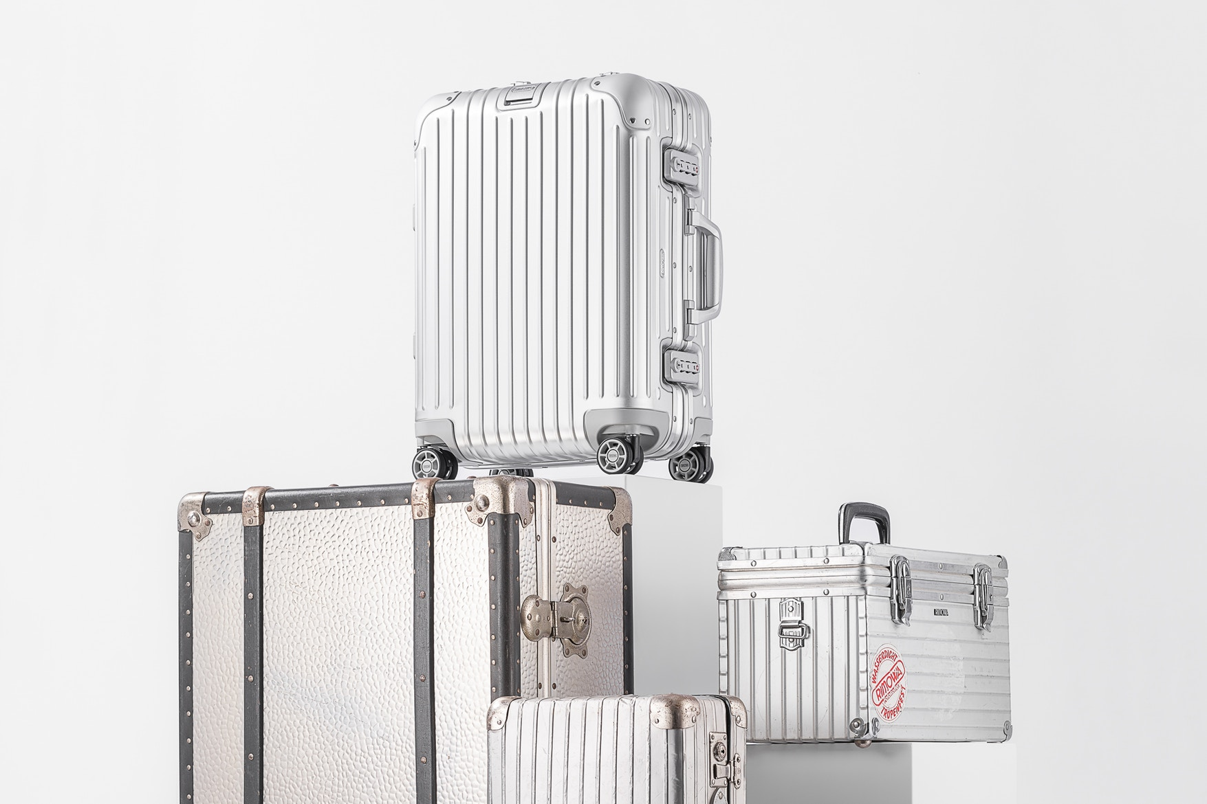 ac8e479f77f4 Fendi Collaborates With Rimowa To Give You The Best Luxury Luggages
