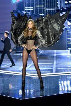 Victoria Secret Fashion Show 2017 _ stylegods