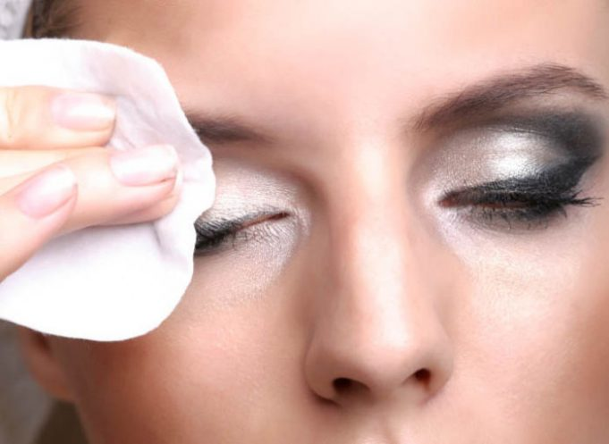 Best Eye Makeup Removers _ Style gods