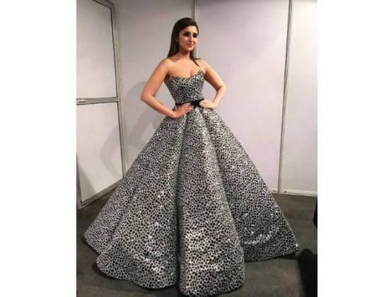 flmfare-parineeti-cTrendy Glitter Dresses _ Style Godshopra-820-insta