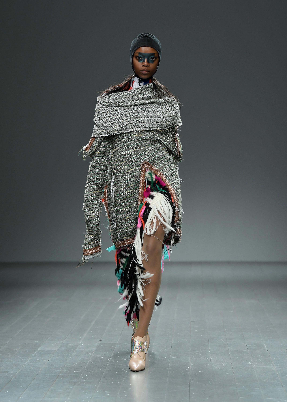 Rachel roy digital fashion show