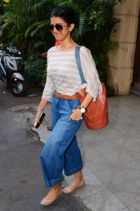 Nimrat-Kaur-in-Bollywood Celebrities Fashion Trends _ Style Godsumbai