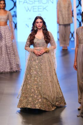 Payal-Lakme Fashion Week Summer Resort 2018 _ Style Gods-at-Lakme-Fashion-Week-summer-resort-20181