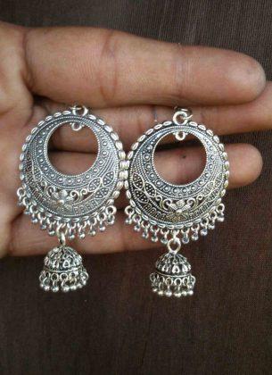 silver-chandbali-Holi Look _ Style Godsigner-german_front_MIJA90J290_5-1600×2200