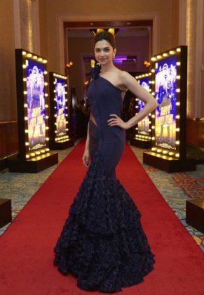 Deepika Padukone Gowns _ Style Gods