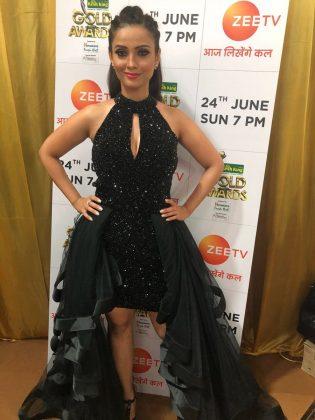 Adaa-KhanGold Awards 2018 _ Style Gods