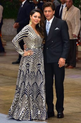 Akash Ambani Pre-Engagement Sangeet _ Style Gods-Shah-Rukh-Khan-at-Shloka-Mehta-and-Akash-Ambanis-pre-engagement-sangeet-in-Mumbai