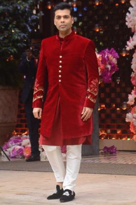 Akash Ambani Pre-Engagement Sangeet _ Style Godsar-at-Shloka-Mehta-and-Akash-Ambanis-pre-engagement-sangeet-in-Mumbai