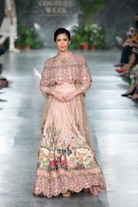 Rahul Mishra India Couture Week 2018 _ Style GodsahulMishraRunway187