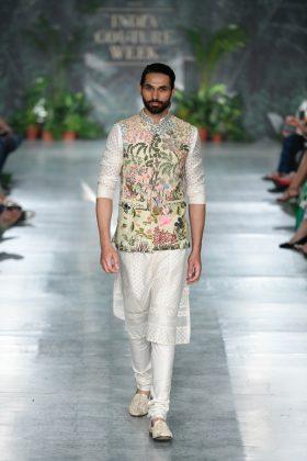 Rahul Mishra India Couture Week 2018 _ Style Gods