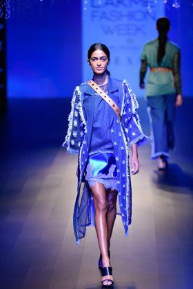 Lakme Fashion Week 2018 Day 3 _ Style GodsikaGoyalRunway020