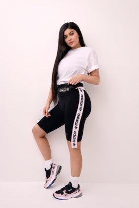Kylie-Jenne90's Sneaker Falcon Campaig90's Sneaker Falcon Campaign _ Style Godsn _ Style Godsr-Adidas-Vogue-India2