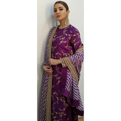 40791551_2937Anushka Sharma Promotion Looks _ Style Gods03214559301_3418578174391242531_n
