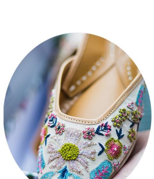 COver_48961Luxury Footwear Brands _ Style GodsLuxury Footwear Brands _ Style Gods643-0c85-4753-aab4-e423ab1d2081_500x