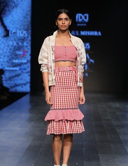 Lotus Makeup India Fashion Week Day 3 _ Style Gods