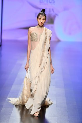 Lotus Make-Up India Fashion Week Day 2 _ Style Gods
