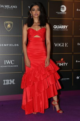 Radhika-Vogue Women Of The Year 2018 Awards _ Style GodsApte-in-Johanna-Ortiz-Gianvito-Rossi-and-Gemfields-at-Vogue-Women-of-the-Year-Awards-2018-in-Mumbai