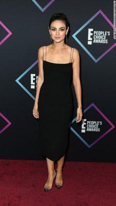 2018 People's Choice Awards _ Style Gods