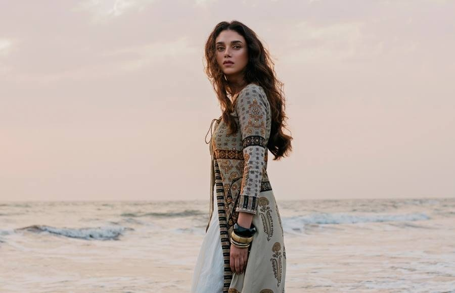 Ritu Kumar Autumn/Winter Collection 2018 _ Style Gods