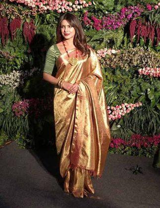 priyanka295Priyanka Chopra Style Looks _ Style Gods