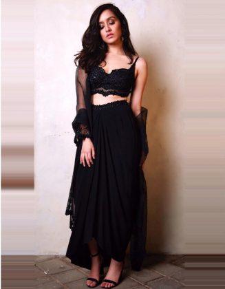 shraddha-kapooCape Designer Outfits _ Style Godsr2