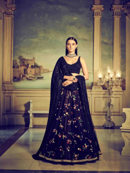Sabyasachi-ss18-Vogue-India-12-440×586